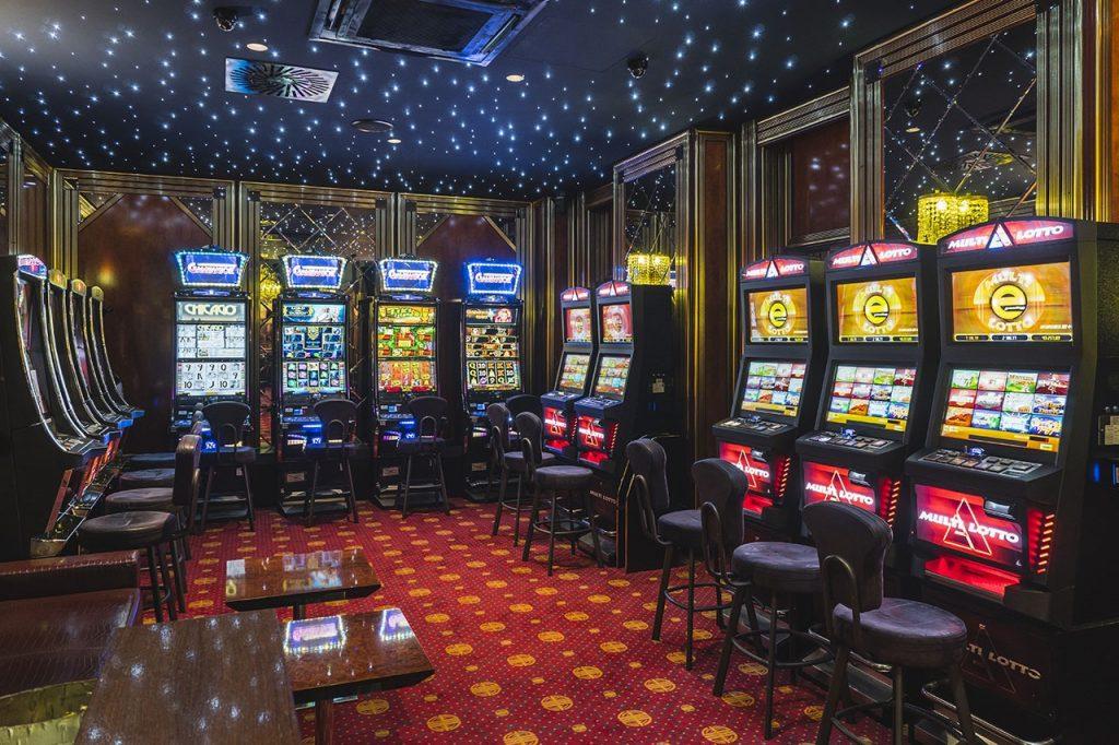 Gambling Proceeds from Las Vegas Strip, Atlantic City